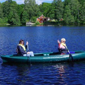 Paddla i Småland Hyr kanot i Ödevata sjö